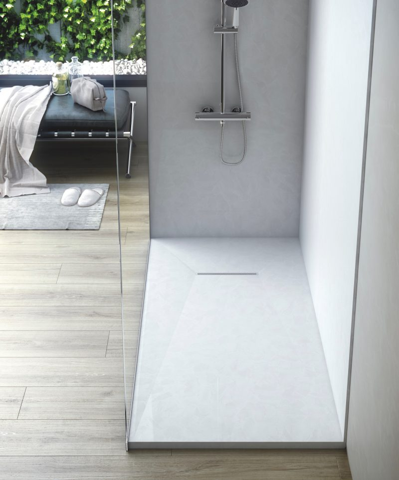 Fiora presenta il piatto doccia extrapiano trace for Piatto doccia fiora