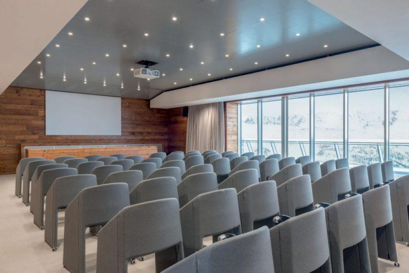 La Verticale by Panasonic, la sala conferenze a 2.173 m di altezza