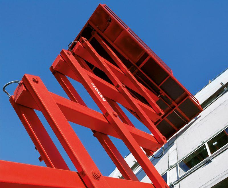 Piattaforme aeree verticali elettriche Loxam