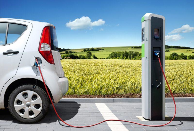 Mobilità elettrica, l'Europa deve velocizzare la realizzazione delle infrastrutture